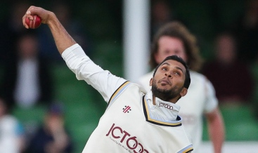 Break a leg, Adil Rashid
