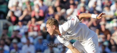 Stuart Broad dibble-dobbled a few vicious bouncers