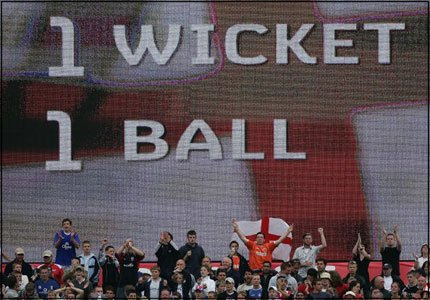 The Old Trafford Ashes Test in 2005 dawdles to its conclusion