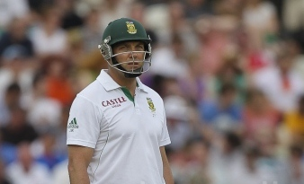 Jacques Kallis just sort of standing there, looking a bit blank