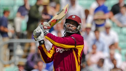 Chris Gayle comes out swinging from the abdomen