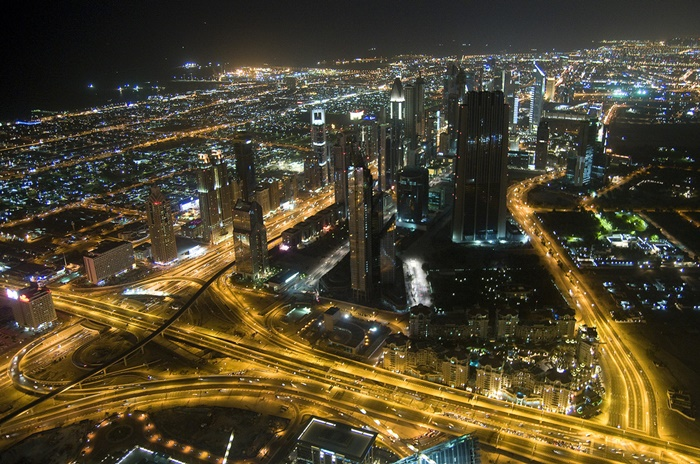 Dubai by night (CC licensed by Crazy Diamond via Flickr)