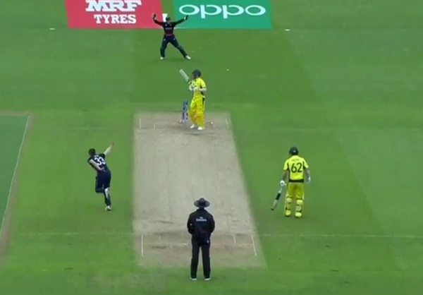 Mark Wood bowling some fella with a full bunger (via ICC)