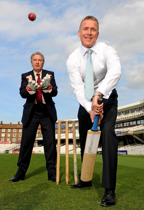 Alec Stewart horrifies